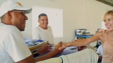 Sadie Kaye meets inmates @ El Rodeo Jail